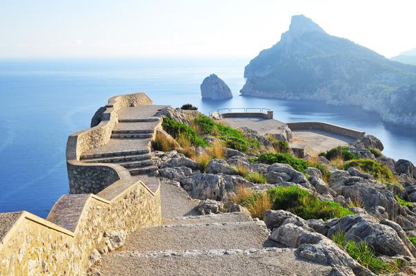 Luxusimmobilie in Polensa auf Mallorca mit Meerblick