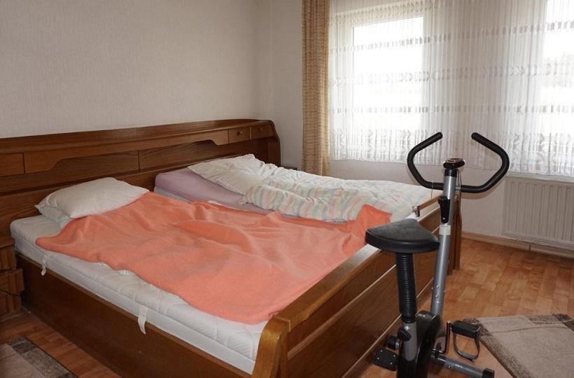 Schlafzimmer vor Homestaging