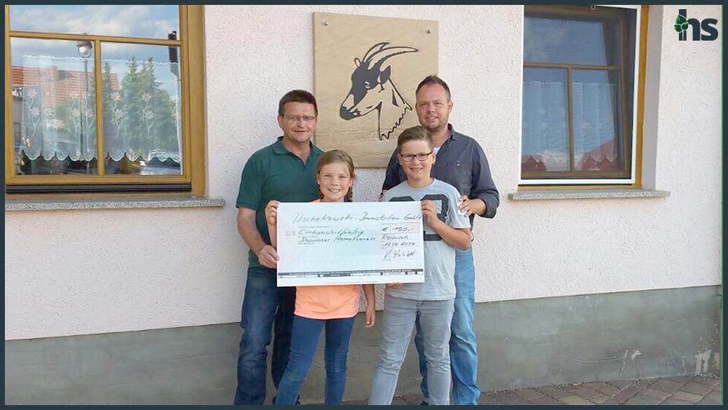 Spendenübergabe an den Reipischer Heimatverein