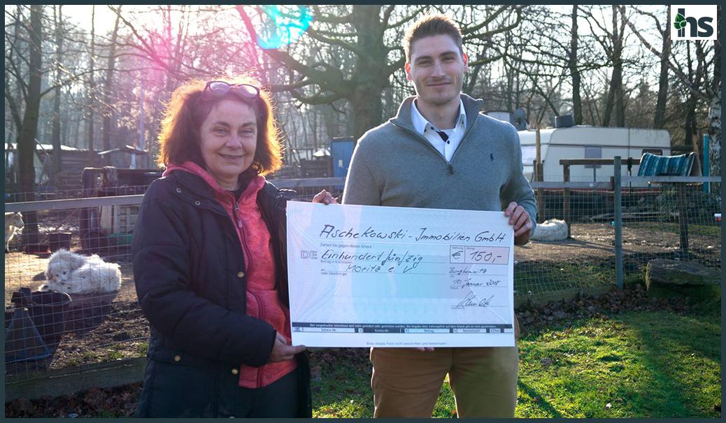 Christian Sporbert übergibt 150 EUR an den Moritz e.V in Burgkemnitz