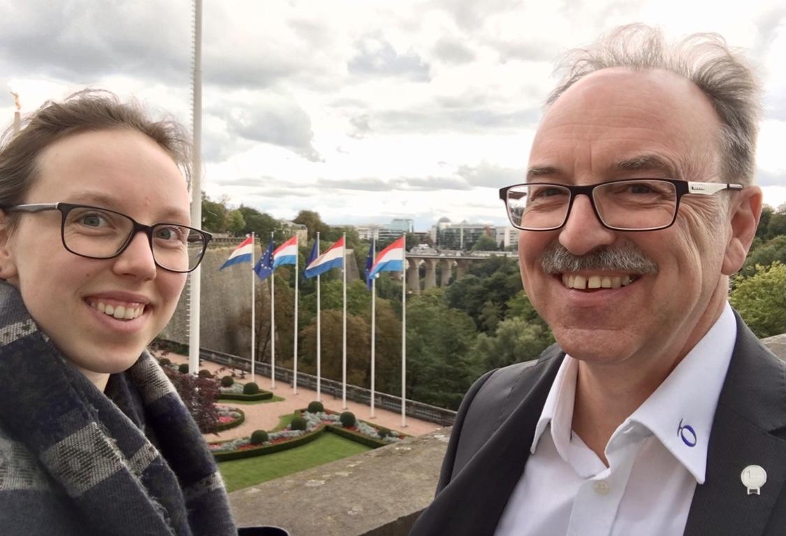 Julia und Frank Böckler bei einer Exkursion in Luxemburg