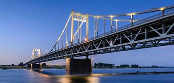 Rheinbrücke Krefeld Ürdingen