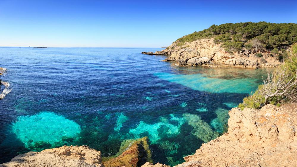 Felsiger Strand auf Mallorca