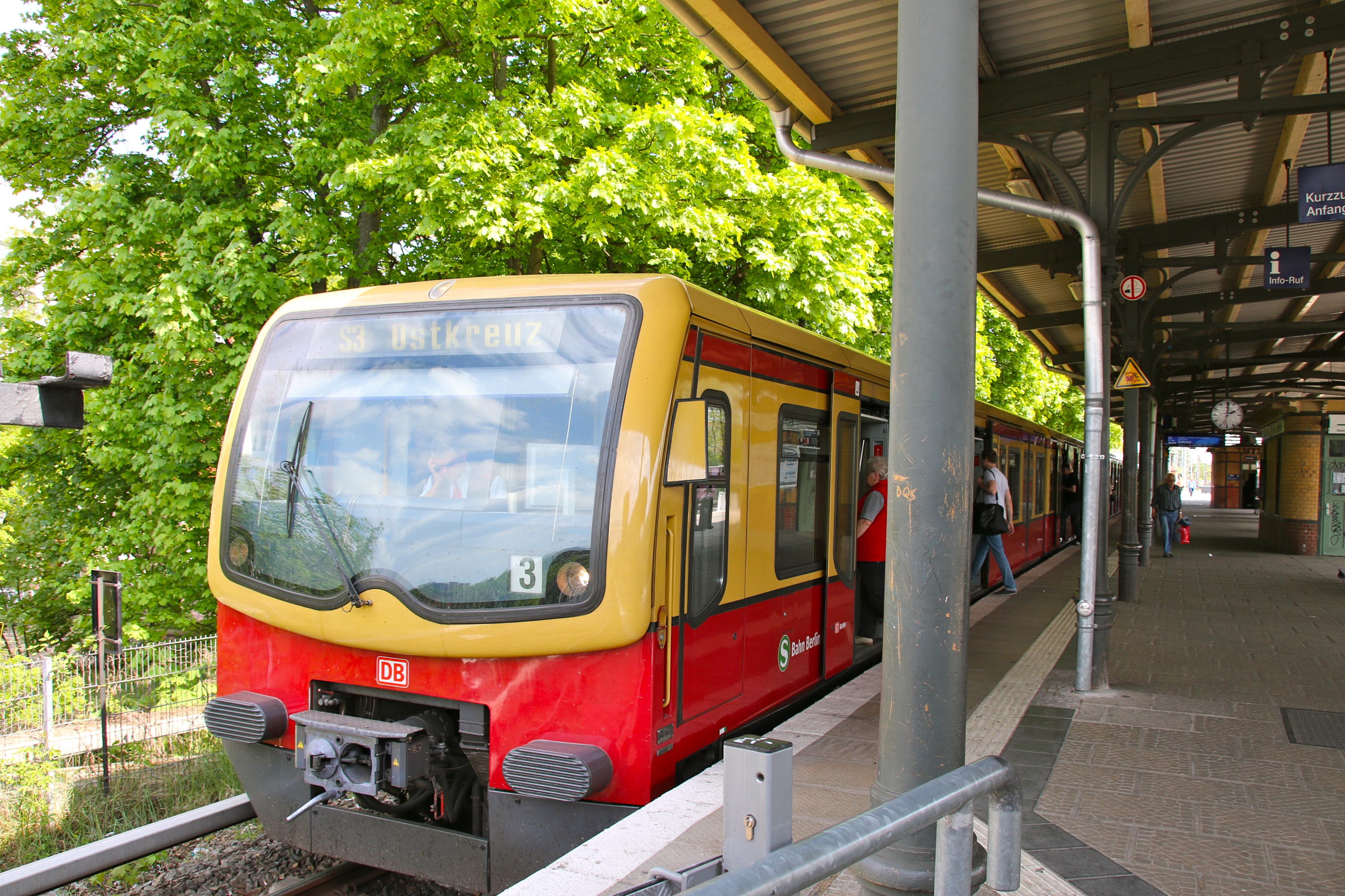 Alt-Treptow ist nur zwei S-Bahnstationen vom Ostkreuz entfernt