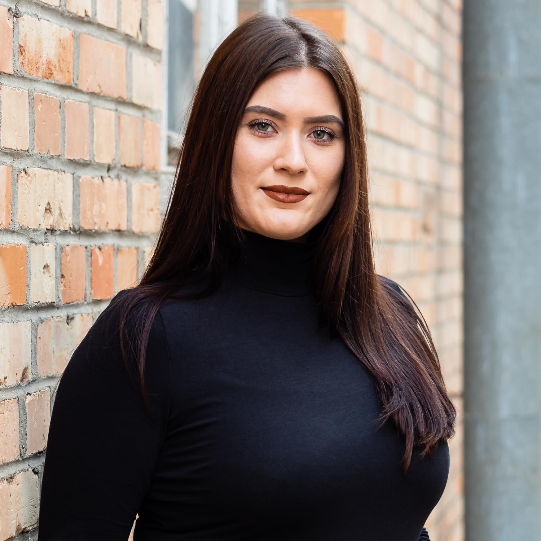 Elina Heinze