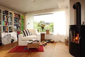 Gemütlich eingerichtete Wohnung mit Kamin