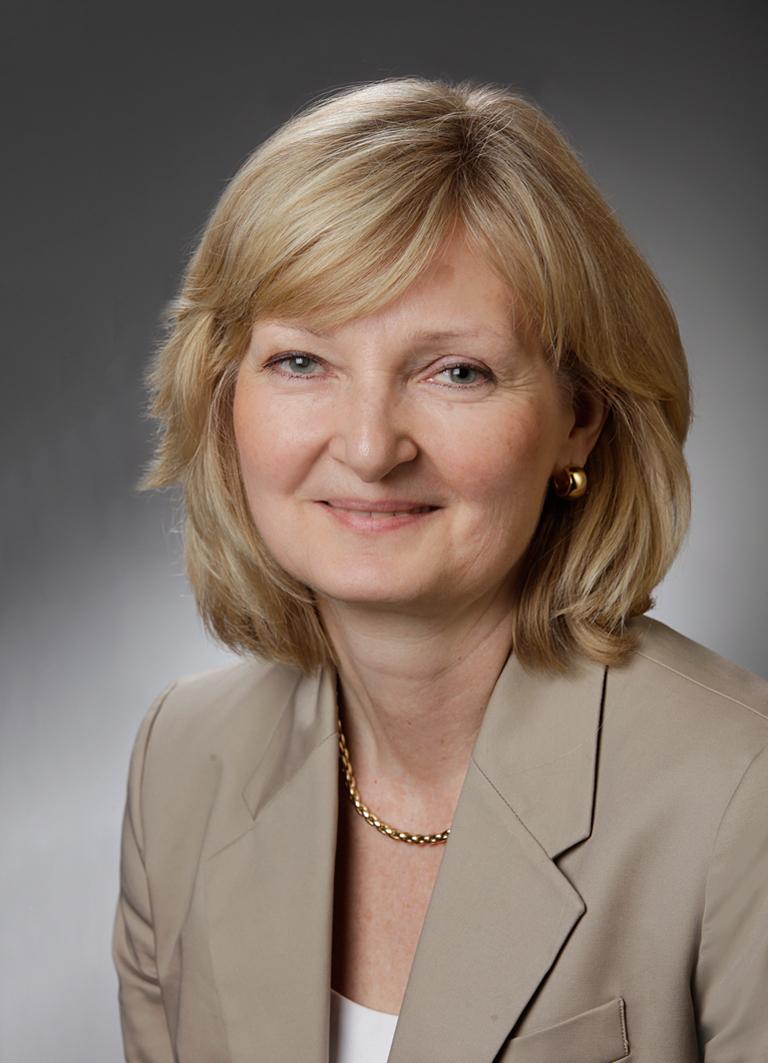 Cornelia Brosz