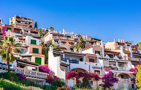 Bunte Häuser auf Mallorca