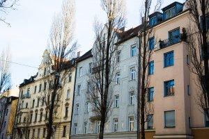 Ältere Mehrfamilienhäuser