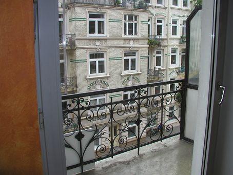 Wohnung mit Blick vom Balkon