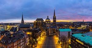 Aachener Dom mit Altstadt