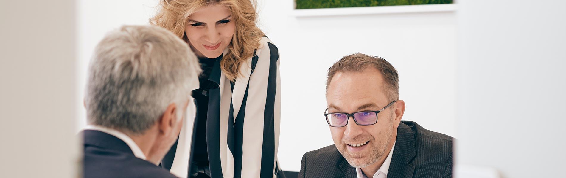 Jörg Lindner – Geschäftsführer mit Bettina Diane Wiesmann – Immobilienmaklerin