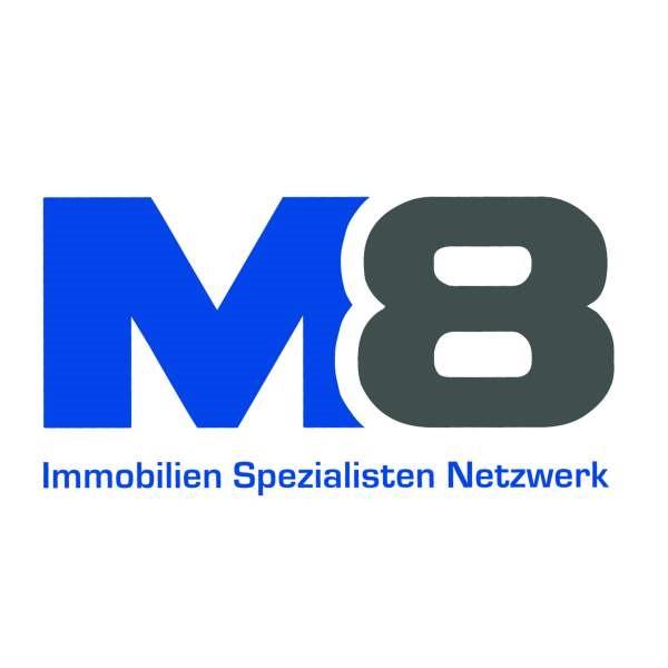 M8 Logo