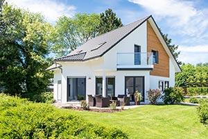 Einfamilienhaus mit Terrasse und Garten